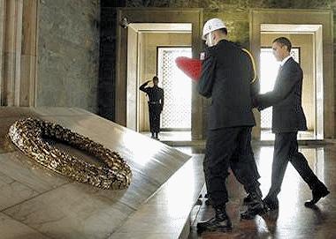 obama-kemal-mausoleum