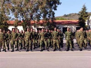 Δίνουν εκλογικές άδειες σε στρατιώτες