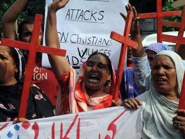 Την ίδια στιγμή που ισλαμοφασίστες καταστρέφουν την Αθήνα, στο Πακιστάν 11χρονο χριστιανόπουλο έζησε την κόλαση πριν δολοφονηθεί.