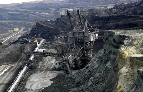Κατολίσθηση στο ορυχείο Μαυροπηγής λόγω της έντονης βροχόπτωσης. Ζημιές σε ταινιόδρομους και σε σκαπτικό μηχάνημα εργολάβου