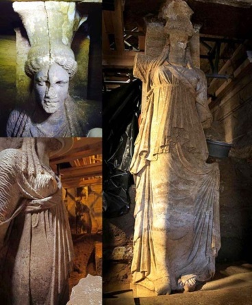 Caryatid-sculptures-found-within-Amphipolis-tomb