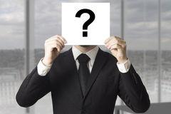 κρύβοντας-πρόσωπο-επιχειρηματιών-πίσω-από-το-ερωτηματικό-σημα-ιών-43751144