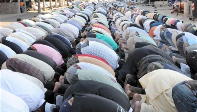 Αποτέλεσμα εικόνας για μουσουλμανοι λαθρεποικοι
