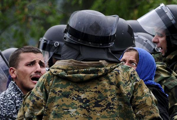 Greece-Fyrom-Gevgelija-refugeesGr-syria-idomeni-(13)