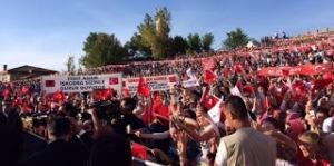 Οι Αλβανοί των Σκοπίων και του Κοσσόβου γιορτάζουν την νίκη του Σουλτάνου Ερντογάν (2)