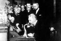 PREMIER APPEL TELEPHONIQUE DE GRAHAM BELL 1876