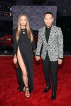american-music-awards-chrissy-teigen-2