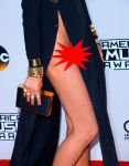 american-music-awards-chrissy-teigen-3