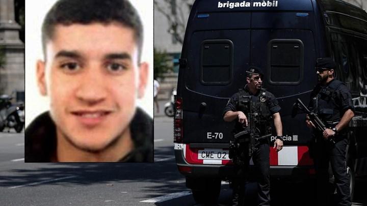 Ο μακελάρης της Βαρκελώνης σκότωσε έναν άνδρα και διέφυγε με το αυτοκίνητό του