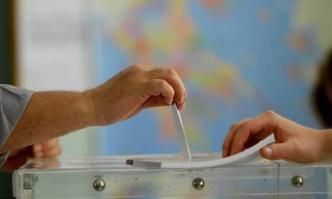 ΔΕΝ ΠΙΣΤΕΥΟΥΝ στα μάτια τους Η κρυφή δημοσκοπηση που διαλύει τη συνοχή της ΝΔ