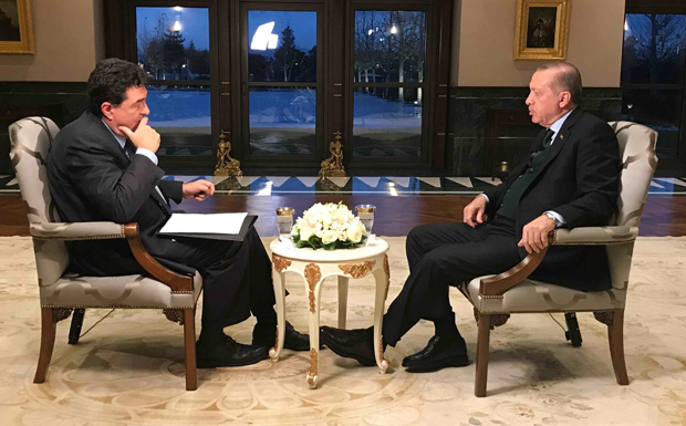 Συνέντευξη Σκάι Ερντογάν Παπαχελάς