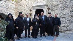 Επίσκεψη του ΥΕΘΑ @PanosKammenos στην Ιερά Μονή Παναχράντου στην Άνδρο (3)