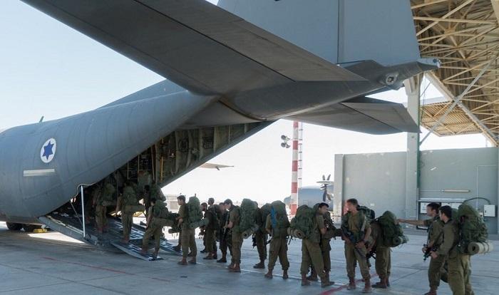 israel_soldiers_airplane