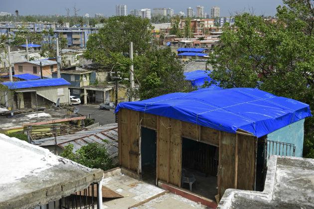 Μετά τη φυσική καταστροφή, που προκάλεσε τεράστια προβλήματα και ζημιές στο Πουέρτο Ρίκο, η βοήθεια που έστειλε η διοίκηση Τραμπ ήταν επιεικώς ελάχιστη | AP Photo/Carlos Giusti, File