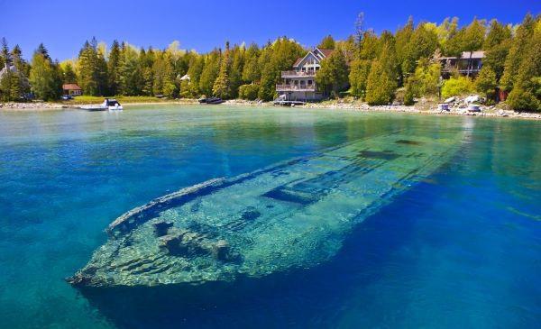 canada lake navagia1