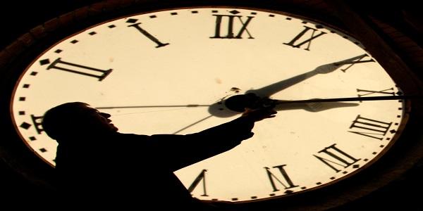 Αλλαγή ώρας – Τα σενάρια και ο πόλεμος για κατάργησή της