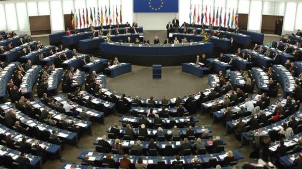 Oι 7 ευρωβουλευτές που ψήφισαν να μην απελευθερωθούν οι Έλληνες στρατιωτικοί
