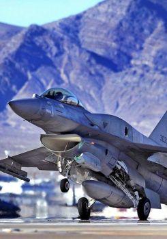 F-16-Viper-Lockheed-Martin-F-16-Block-70-greek (35)