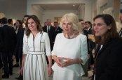 Η υπέρλαμπρη Μπέτυ Μπαζιάνα από την χθεσινή επίσκεψη του Πρίγκηπα Καρόλου [ΦΩΤΟΓΡΑΦΙΕΣ] (8)