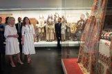 Η υπέρλαμπρη Μπέτυ Μπαζιάνα από την χθεσινή επίσκεψη του Πρίγκηπα Καρόλου [ΦΩΤΟΓΡΑΦΙΕΣ] (12)