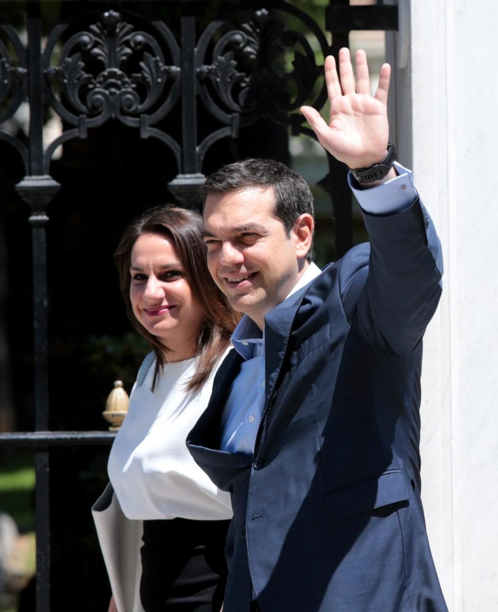 ΡΑΓΔΑΙΕΣ ΠΟΛΙΤΙΚΕΣ ΕΞΕΛΙΞΕΙΣ μετά τη συνάντηση Τσιπρα-Παυλόπουλου! Κοινή συνεδρίαση των ΚΟ ΣΥΡΙΖΑ-ΑΝΕΛ σε λίγο στο Ζάππειο και μετά έρχεται η μεγάλη κίνηση!