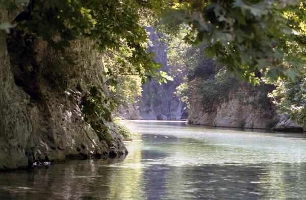 Αποτέλεσμα εικόνας για αχερων ποταμοσ φωτογραφιες