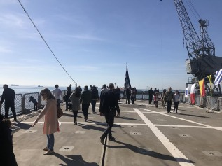 Κοσμοσυρροή στα πλοία του ΠΝ για την επέτειο της 28ης Οκτωβρίου (6)