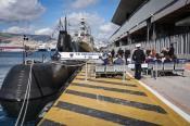 Κοσμοσυρροή στα πλοία του ΠΝ για την επέτειο της 28ης Οκτωβρίου (2)