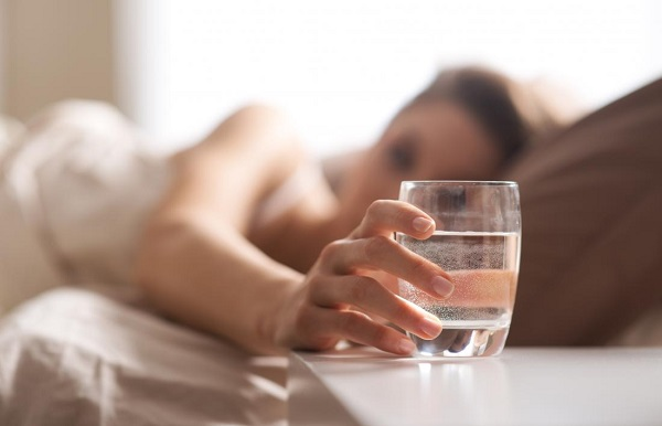 water glass bed