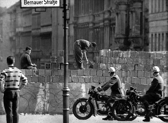berlin wall 1961 anegersi