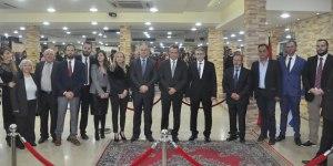 Παρόντες στην δεξίωση που παρέθεσε το τουρκικό προξενείο Κομοτηνής ήταν οι εξής : Ψευδομουφτήδες Μέτε και Σερίφ, οι βουλευτές Ροδόπης Μουσταφά Μουσταφά και Ιλχάν Αχμέτ, ο βουλευτής Ξάνθης Χουσείν Ζεϊμπέκ, ο πρόεδρος του DEB Τσαβούς, ο αντιπεριφερειάρχης Ταρκάν Μουλταζά, περιφερειακοί σύμβουλοι, ο δήμαρχος Μύκης Τζεμίλ Καμπζά, ο δήμαρχος Αρριανών Ριντβάν Αχμέτ, ο δήμαρχος Ιάσμου Ισμέτ Καντί, ο πρόεδρος της GTGB Νετζάτ Αχμέτ, ο πρόεδρος του BIHLIMDER Μεχμέτ Εμίν Αχμέτ, ο πρόεδρος της ΤΕΞ Οζάν Αχμέτογλου, ο πρώην βουλευτής Χατζηοσμάν, ο πρόεδρος του Συλλόγου Επιστημόνων Μειονότητας Δ. Θράκης Ερτζάν Αχμέτ, και ο Σουλεϊμάν Ματζίρ από τον τουρκοσύλλογο Διδυμοτείχου