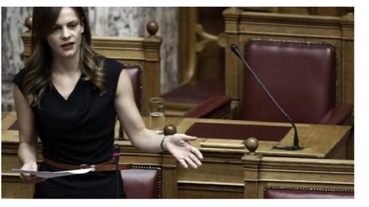Αχτσιόγλου: Έτοιμο προς κατάθεση το νομοσχέδιο για τις 120 δόσεις στα Ταμεία – Τι είπε για τη ρύθμιση της εφορίας @E_Achtsioglou