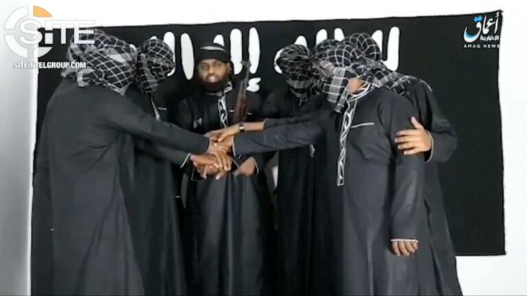 ΑΠΟΚΑΛΥΨΗ-Νεα βίντεο από τους Ισλαμοφασίστες της Σρι Λάνκα-Και γυναίκα ανάμεσα στου βομβιστές