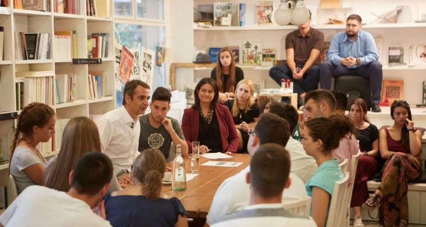 Αυτόνομα σχολεία (charter schools)-Ο Μητσοτάκης φέρνει Αρμαγεδδώνα λουκέτων στα δημόσια και Παιδεία μόνο για τους εκλεκτούς [ΒΙΝΤΕΟ]
