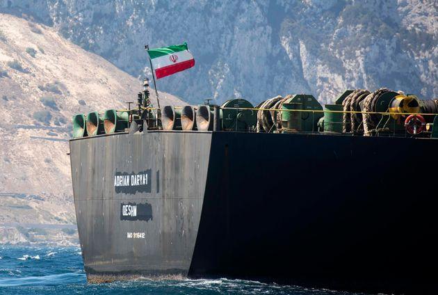 Διπλωματικό θρίλερ με το ιρανικό τάνκερ. Οι ελληνικές αρχές παρακολουθούν στενά το ζήτημα.