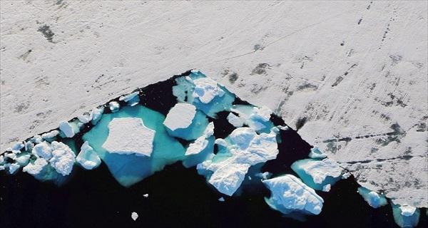 Το μέλλον της Γης διαγράφεται στους πάγους της Γροιλανδίας