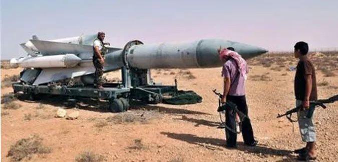 ΑΠΟΚΑΛΥΨΗ: Καταδικάστηκε έμπορος όπλων που με εφαλτήριο την Αθήνα πουλούσε όπλα στους ισλαμιστές της Λιβύης!