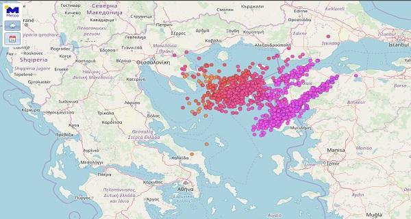 """""""Ανάστα ο Κύριος"""" στο Βόρειο Αιγαίο με σχεδόν 1400 κεραυνούς τις πρωινές ώρες!"""