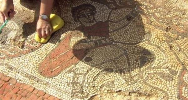 britain mosaiko evrima1