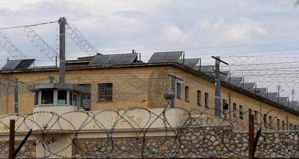 Επιχείρηση της ΕΛ.ΑΣ στις φυλακές Κορυδαλλού – Βρέθηκαν αυτοσχέδια όπλα και ναρκωτικά