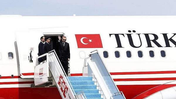 Τουρκική εισβολή στη Συρία: Λίγο πριν αναχωρήσει για τη Ρωσία, ο Ερντογάν προειδοποιεί και απειλεί