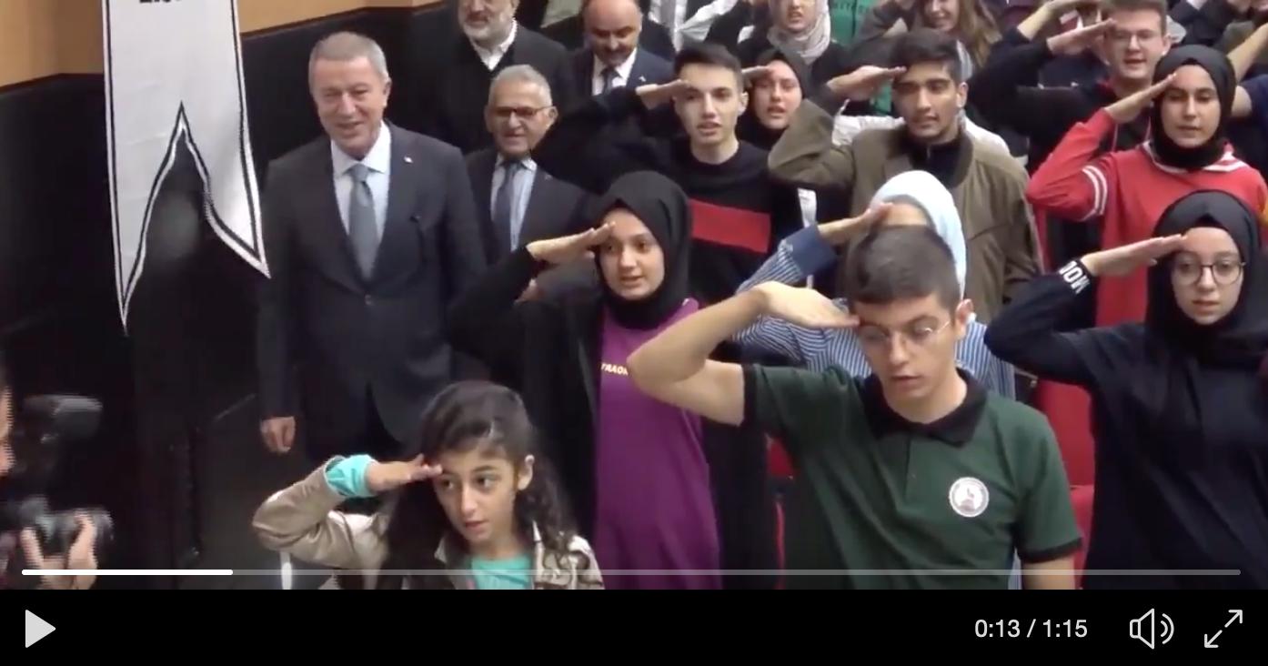 ΑΝΑΤΡΙΧΙΛΑ: Το φάντασμα του Χίτλερ αναβιώνει στην Τουρκία του φασίστα Ερντογάν [Βίντεο]