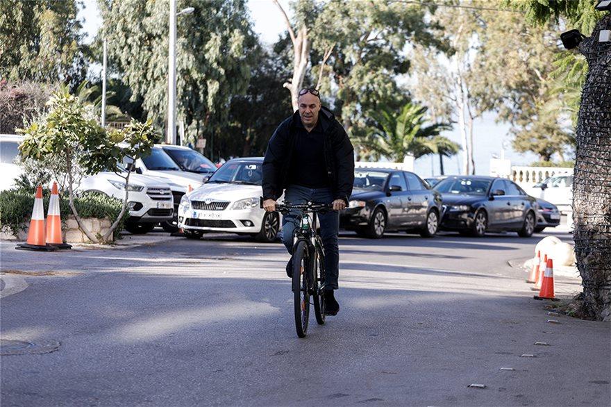 Αμυρας με ποδηλατο στο Καβούρι
