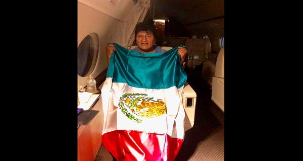 Άσυλο στον Μοράλες από το Μεξικό – Συνεχίζονται οι αναταραχές στη Βολιβία
