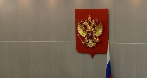"""Σπέρνουν ανέμους… Η Ρωσία θα μπορεί πλέον να χαρακτηρίζει """"ξένους πράκτορες"""" μεμονωμένους δημοσιογράφους!"""