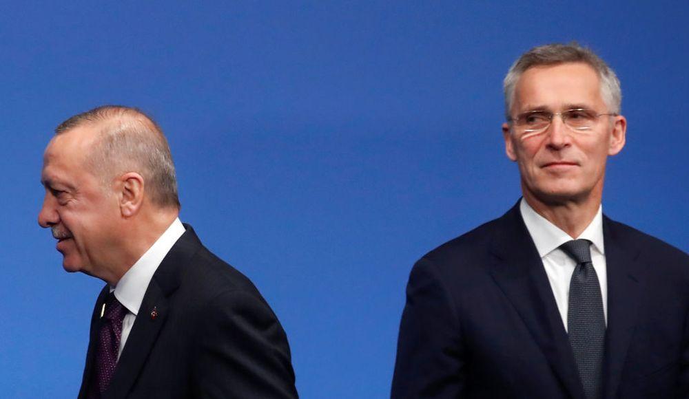 Bloomberg: Αυτός είναι ο λόγος που το ΝΑΤΟ δεν μπορεί να πετάξει έξω τo προβληματικό παιδί της Συμμαχίας, την Τουρκία