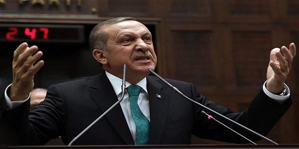 """Εκτός ελέγχου: Για """"διεθνές σκάνδαλο"""" μιλά ο Ερντογάν και μας προειδοποιεί, για απέλαση """"Ελληνίδας τρομοκράτη"""" μιλά το τουρκικό ΥΠΕΣ"""