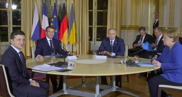 Συμφωνία Πούτιν-Ζελένσκι για αποχώρηση στρατευμάτων από την Ουκρανία και κατάπαυση του πυρός