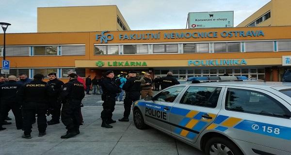 ΕΚΤΑΚΤΟ: Πυροβολισμοί σε νοσοκομείο της Τσεχίας-Τουλάχιστον 4 νεκροί
