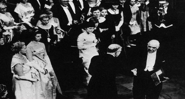 Σαν σήμερα η απονομή του βραβείου Νόμπελ στον Γιώργο Σεφέρη